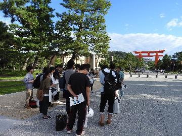岡崎公園見学の様子